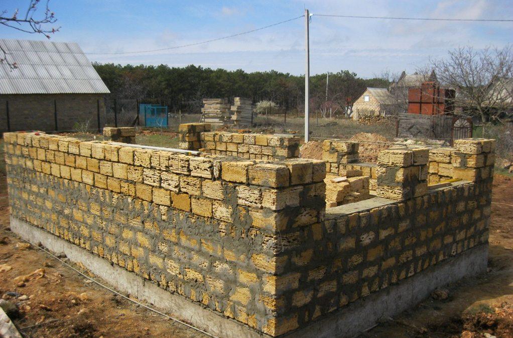 построить дом из ракушняка
