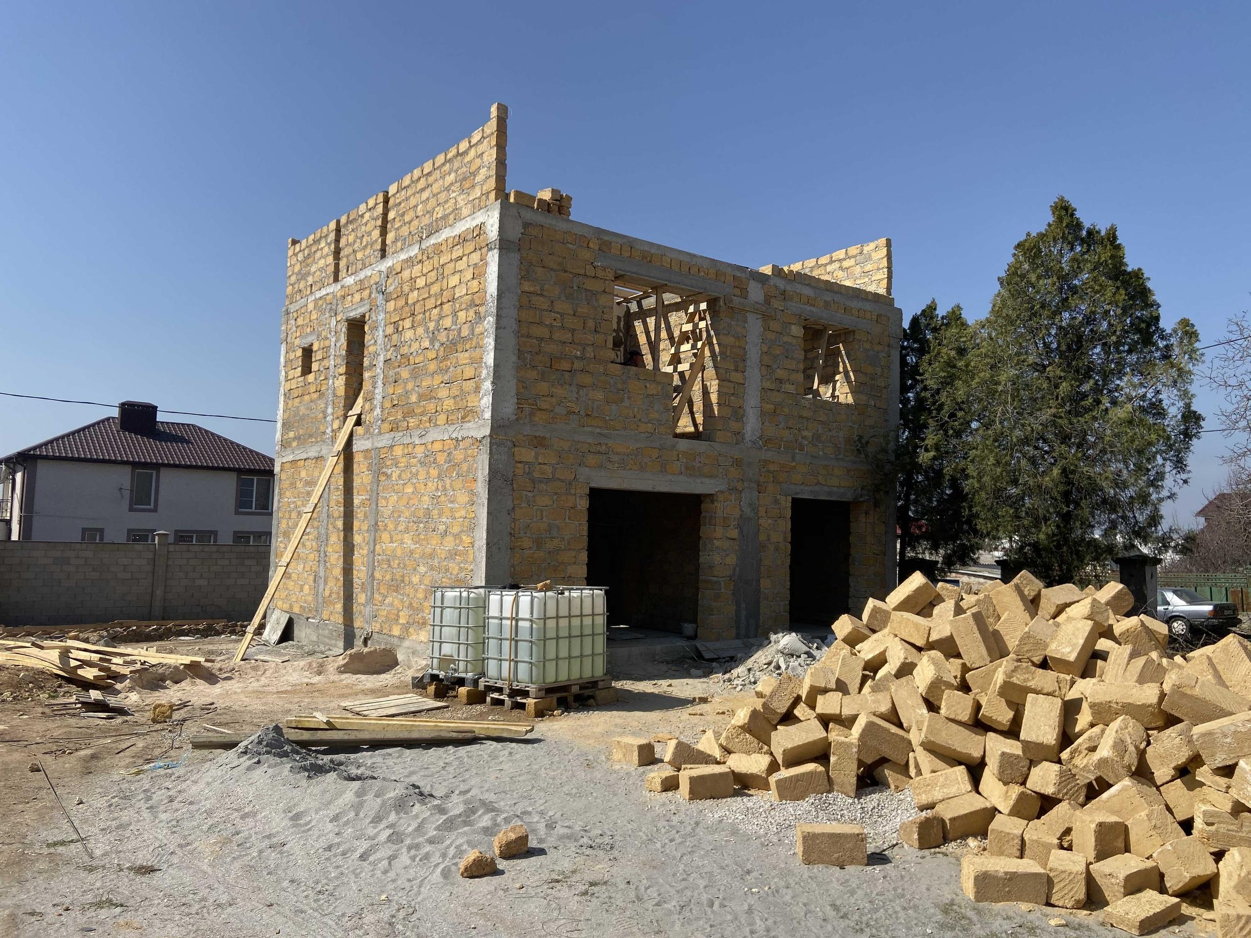 дом из ракушечника построить  в Севастополе